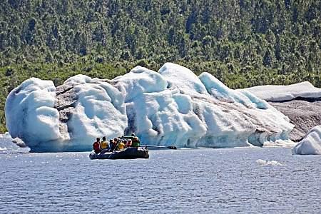 kayaking-at-spencer-glacier-chugach-adventure-guides