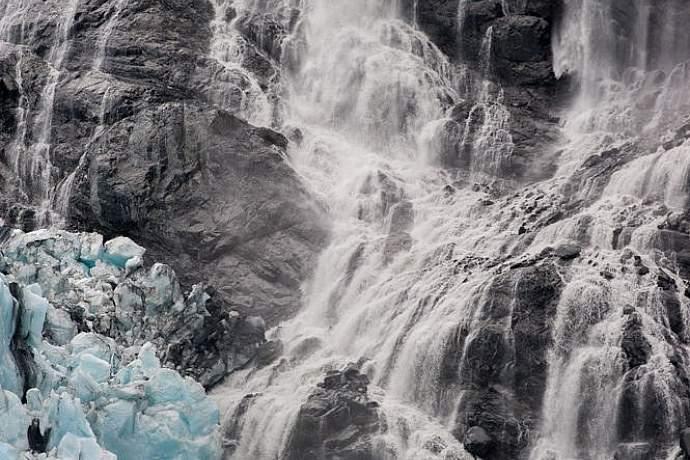 blackstone-glacier-via-day-cruise-alaska-photo-treks