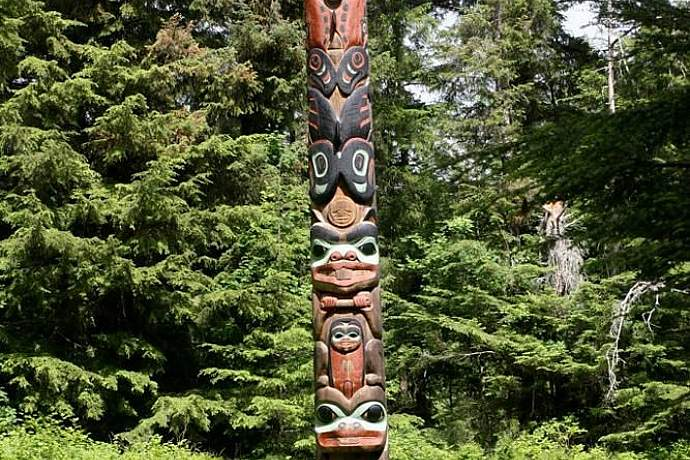 Sitka-Totem-Park-Flicker-Eric-Heath