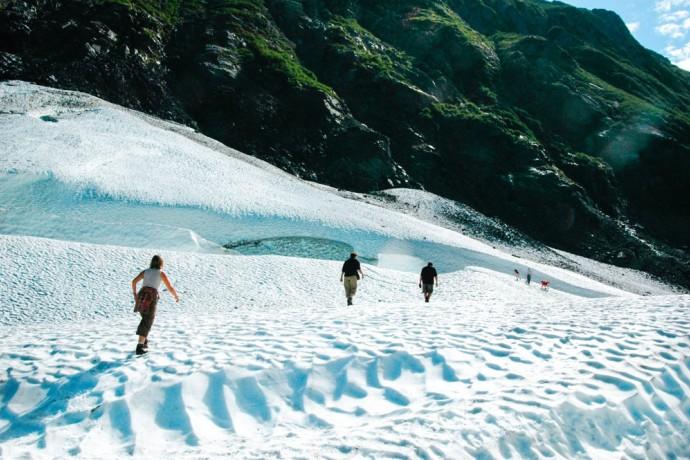 portage-and-byron-glaciers-near-anchorage