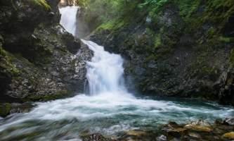 Anchorage best waterfall thunderbird falls alaska photo treks Thunderbird Falls 13 07 012 2013 Jody Overstreet