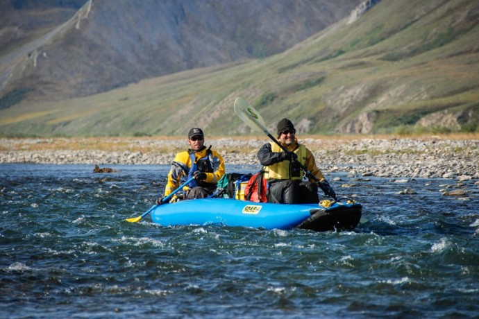 paddle-an-arctic-river-Kongakut-Alaska-Alpine-Adventures