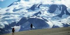 backpack-katmai-national-park-alaska-alpine-adventures