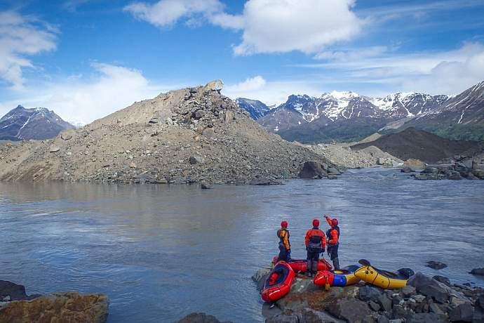 learn-to-packraft-in-the-wrangells-st-elias-kennicott-wilderness-guides