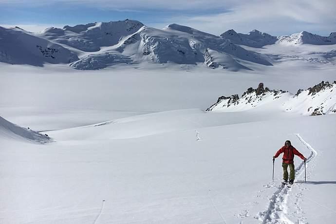 Tok Air Service Winter Backcountry Skiing Thumb IMG 0566 1024