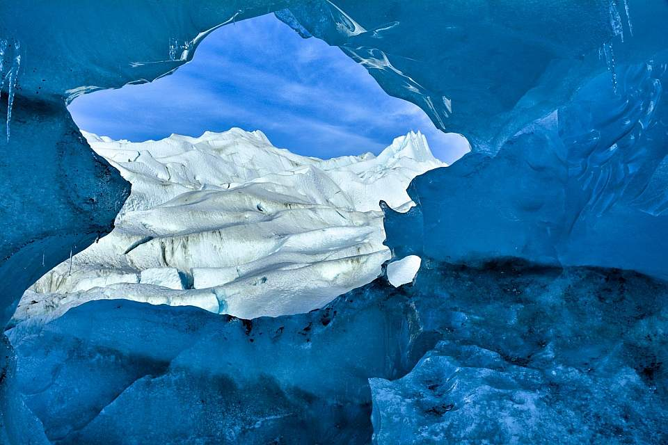 Mendenhall Glacier. Photo by Scott Johnson