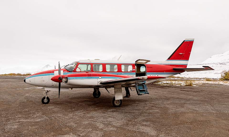 Air taxi in Gates of the Arctic National Park