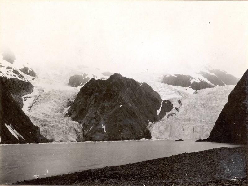Bruce Molnia Glacier Photos Holgate Glacier View1 1909