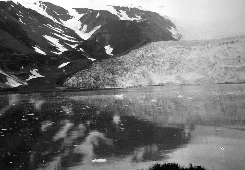 Bruce Molnia Glacier Photos Aialik Glacier View1 1909
