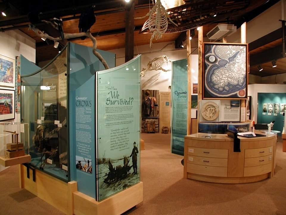 Inside of the Pratt Museum.