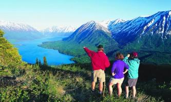 Escorted or Independent hike overlooking skilak lake o1640n