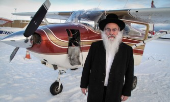 2010 01 18 Rabbi Shain Flight to Lake George 05 mxexpn