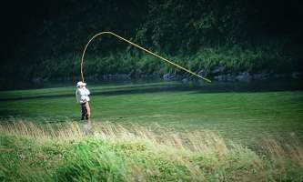 Best Time to Fish in Alaska fly fishing o163zm