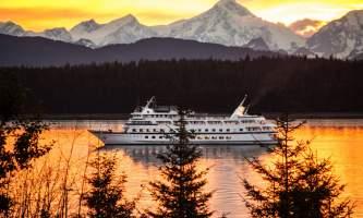 Cruise or Land Tour First IMG 0845 o16473