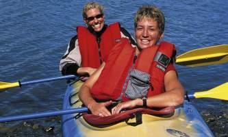 Safety Tips for Kayaking mkbdf1