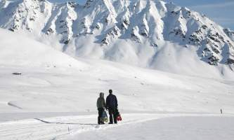What to Wear in Alaska Winter nqs5np