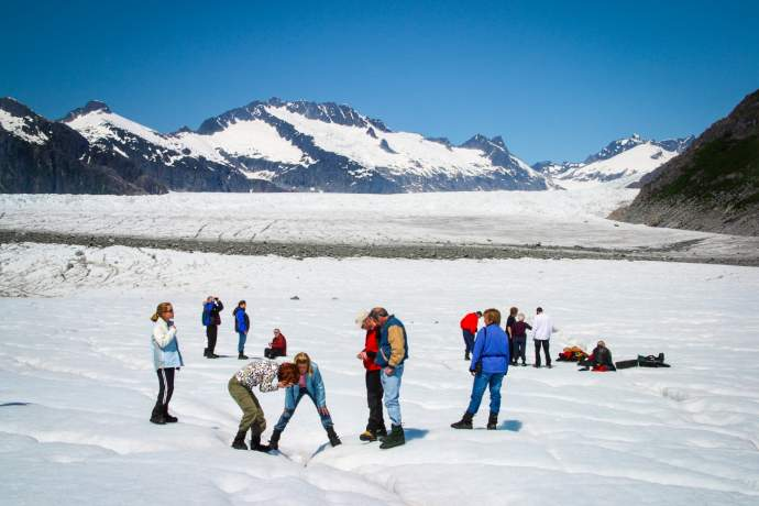 Juneau Mendenhall Glacier by Helicopter 26 Guided Walk Pictures 01 mnmo4a