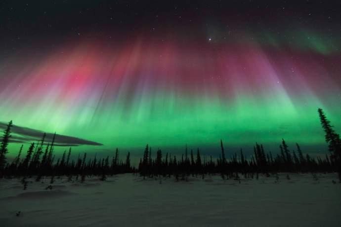 Alaska natural phenomena Northern Lights Fan Tolsana Wendy Johnson ph4gh0