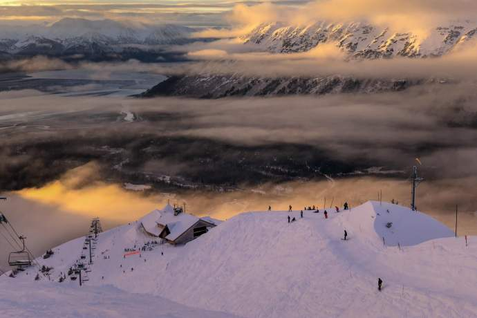 Seasonal rhythm of alaska solstice season in alaska 0126 pdkjia