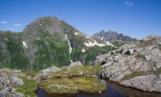 Harbor-Mountain-Gavan-Hill-Trail-01-mxq5qq