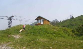 Ski-Hill-Trail-01-mvi4dz
