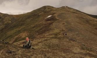 Government-peak-The_summit_ridge_of_Government_Peak_above_Blueberry_Knoll_Trail_copy-pivfxa