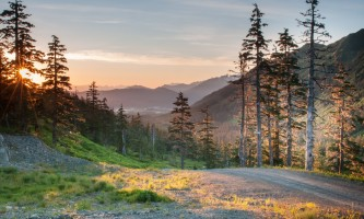 Eagle-crest-ski-area EC_Summer Hike_v_1-5_evening_hike_jeremy_lavender-os7wio