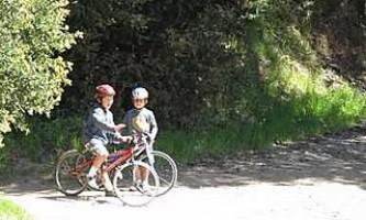 Peters-Creek-Valley-Trail-nhvrz7