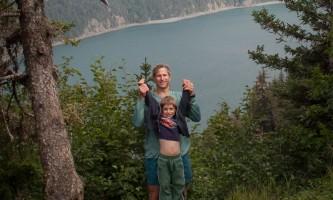 2009-08-12_Tutka_Bay_Lodge-02-mxq5xa