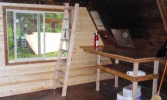 Pigot bay cabin 02 mnu2l2