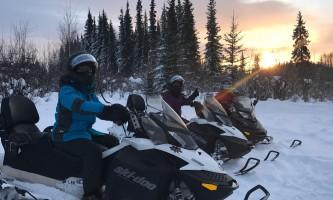 Snowmobiling sun ray oxrmz4