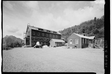 West Bunkhouse