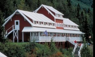 Mc Carthy-Kennicott-Glacier-Lodge-03-mils5t