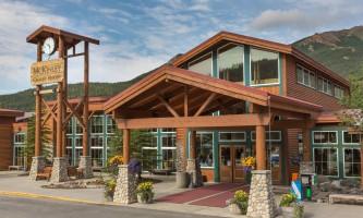 Mckinley-chalet-resort-Mc Kinley Chalet Resort_Exterior_Day-o9urnz