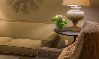 Mckinley-chalet-resort-PE2014_Mc Kinley Chalet_Minisuite_interior_sittingroom E_26015691-o9urol