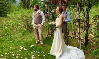 Weddings-alaska-heavenly-lodge-9-p0jnyt