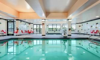 Hilton-garden-inn-ancag-pool_4453_copy-p0yyf5