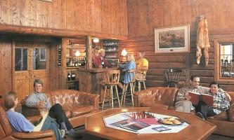 Wood-river-lodge-Lounge_copy-pmfcqs