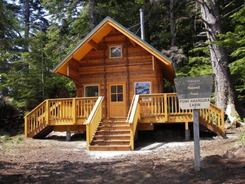 Point Amargura Cabin   ALASKA.ORG