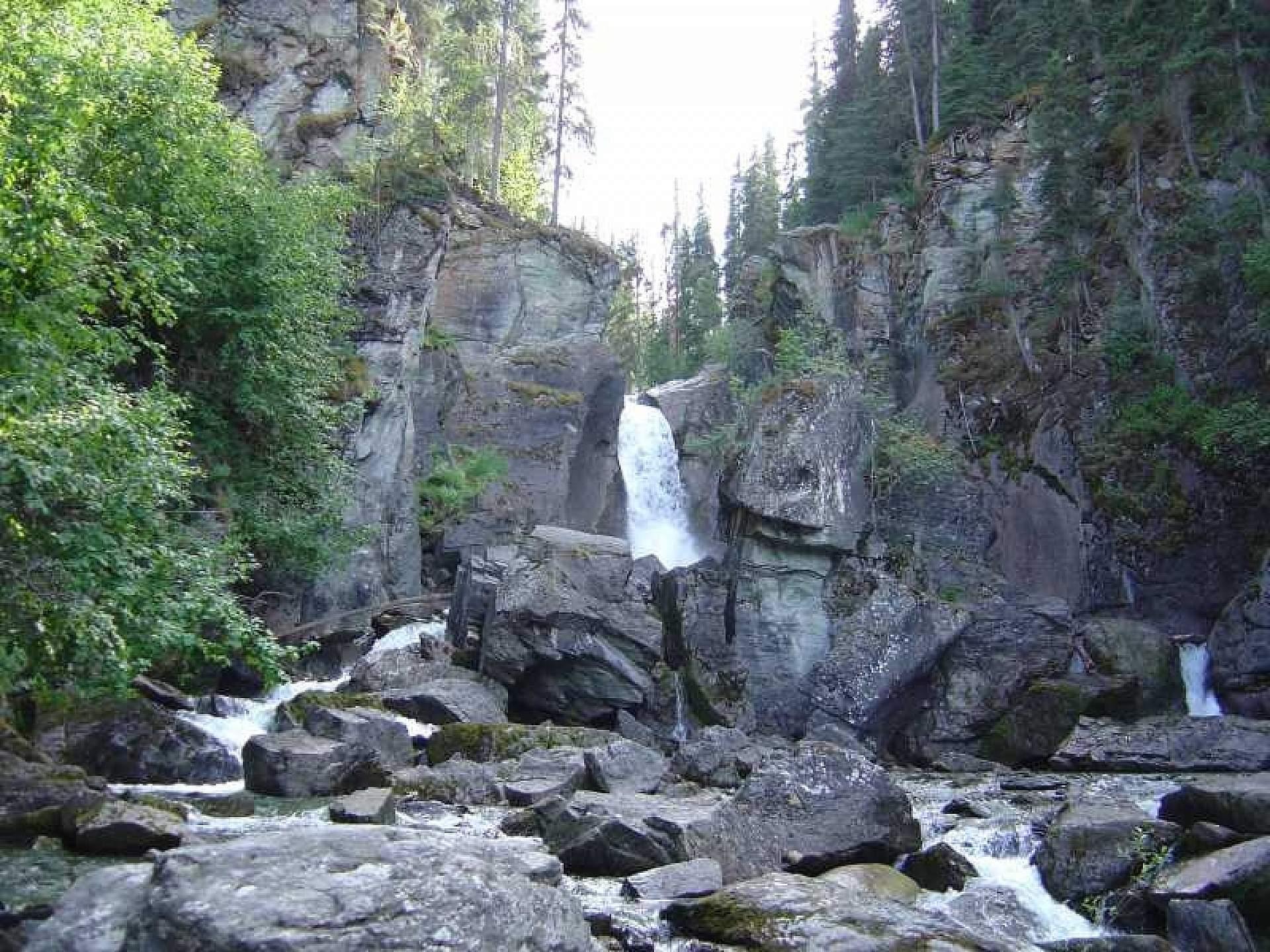 Liberty-Falls-Trail-01-mizx19
