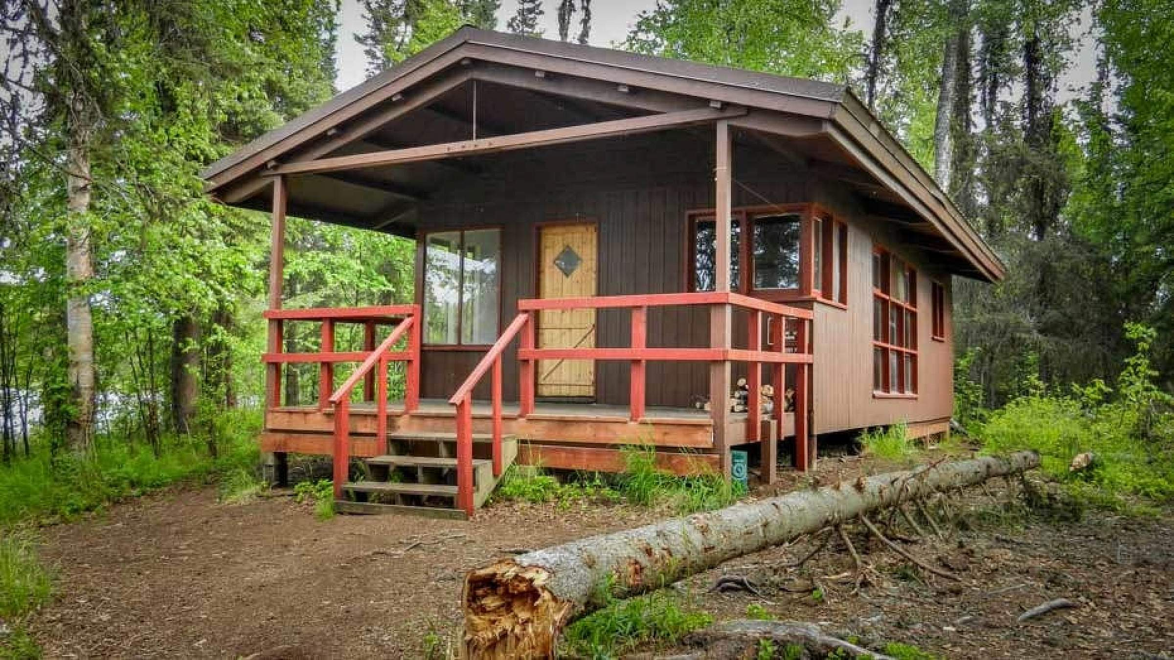 Red Shirt Lake Cabin is a 20-by-24 well-maintained cabin with sleeping space for up to 7