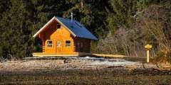 Eight Fathom Cabin