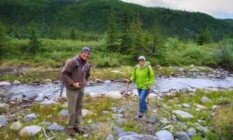 2016-kantishna-roadhouse-15-hiking-creek-o60bk6