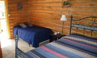 2017-Cabin2_interior-p0vcky