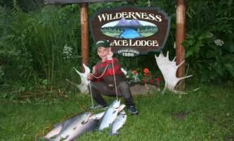 Alaskas-Wilderness-Place-Lodge-board_063-o0jxuy