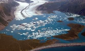 Bruce Molnia Glacier Photos 01 n7c2o7