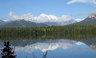 Byers-Lake-Trail-01-mxq4ib