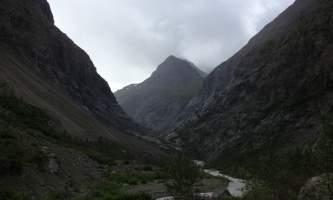 Eklutna_Lake_Trail-03-mxq58u