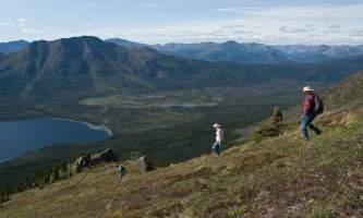 Iniakuk_Lake_Wilderness_Lodge-15-nxxi7o