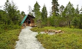 Kah sheets lake cabin 02 muiwz6